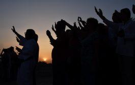 17/08/2021 – El gozo de encontrar a Dios no es sólo espiritual o mental, también toca las emociones, los afectos,…