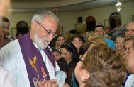 """11/10/2021- Como cada lunes, recibimos al Pare Mateo Bautista, sacerdote camilo, en el programa """"Hoy puede ser"""". En esta oportunidad dialogamos sobre la…"""