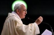 21/09/2013 - Lo dijo el Santo Padre Francisco durante su homilía en Santa Marta. Hoy se cumplen 60 años de su elección de…