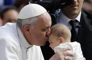 29/09/2013 - Lo indicó Francisco durante la Eucaristía celebrada por la Jornada de los Catequistas.