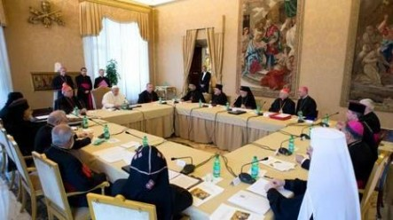 Francisco, reunido en la Santa Sede con los integrantes de las Iglesias Orientales.