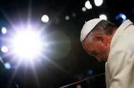 02/02/2014 - El Papa en sus palabras agradeció a Dios por tantas personas consagradas a Él que con su ejemplo y trabajo ayudan…