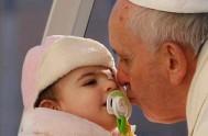 """25/04/2014 - En el día de la Anunciación, Francisco recordó que """"el Señor está en camino con nosotros para ablandar nuestro corazón""""."""
