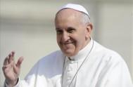 """21/04/2014 - """"Dejemos que el estupor gozoso de la Resurreción irradie en nuestros pensamientos, miradas, actitudes, gestos y palabras"""", indicó el Papa. Decenas…"""
