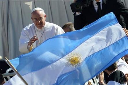 El Papa visitará Argentina recién en el año 2016.