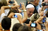 06/08/2014 – El Papa Francisco retomó las audiencias generales de los miércoles, tras un mes de julio en el que ha reducido sus…