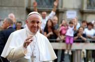 """28/10/2014 – """"La Iglesia la hace Jesús, que no mira el pecado del hombre sino su corazón, al que busca para curarlo"""", indicó…"""
