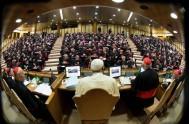 08/10/2014 – El tercer día del Sínodo de los obispos sobre la Familia, asamblea que dura dos semanas y que ha sido convocada…