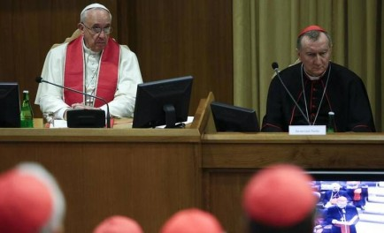 20/10/2014 – El Papa y los cardenales presentes en el Vaticano se han reunido en…