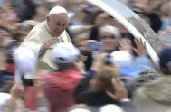"""14/11/2014 – """"¿Cómo enseñar la fe a los niños y jóvenes de hoy en día?"""". Es la pregunta que el Papa Francisco se…"""