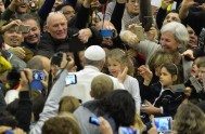 04/02/2015 – El Papa hizo un fuerte llamado a la paz en Ucrania al final de la audiencia general, definiendo el conflicto como…