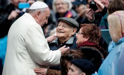 23/07/2021 –El Papa Francisco reza con los abuelos y los ancianos del mundo Con motivo de la primera Jornada Mundial de los Abuelos y de los Mayores, que se celebra este domingo…