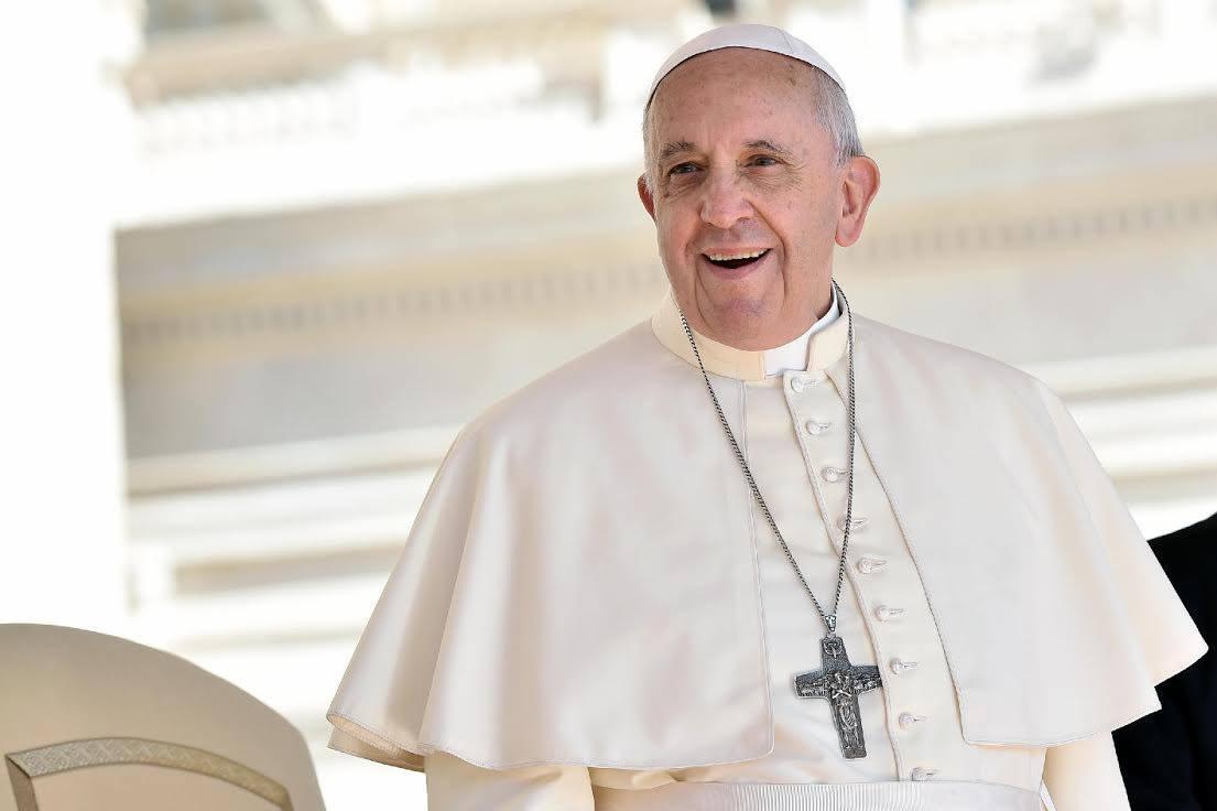 Padre-Francisco-de-perfil