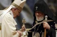 """13/04/2015 – El Papa Francisco utilió el término """"genocidio"""" para referirse a la masacre de los armenios por parte de los turcos…"""
