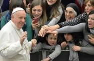 15/04/2015 – En la audiencia general de hoy, en la plaza San Pedro, ante miles de fieles peregrinos, el Papa Francisco dedicó su…
