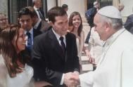 27/05/2015 – El Papa Francisco, en la audiencia general de este miércoles, frente a miles…