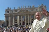 10/08/2015 – En el día de ayer el Papa Francisco reflexionó sobre la dinámica de la fe antes del rezo del Ángelus. Miles…