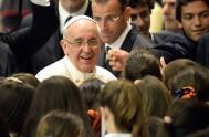 08/09/2015 – En la homilía de la misa celebrada en Santa Martha el Papa Francisco dijo que Dios reconcilia y pacifica en lo…