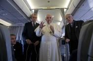 28/09/2015 – A continuación compartimos el texto completo de larueda de prensa que el Papa Franciscoofreció a los periodistas que viajaron con él…
