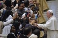 17/09/2015 – En la mañana de este jueves, el Santo Padre Francisco recibió en audiencia a cinco mil participantes en el Encuentro…