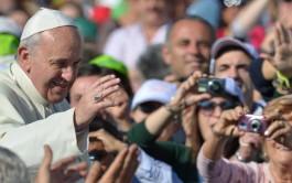 04/09/2015 – El Papa Francisco, en la Misa matutina en Casa Santa Martha dijo que…