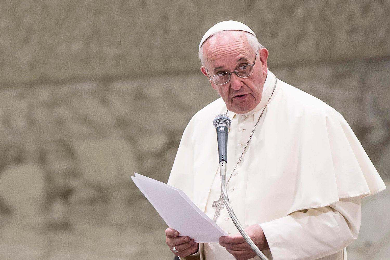 606292_papa-francisco-simplifica-nulidades-matrimoniales
