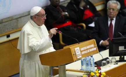 """26/11/2015- Desde las oficinas de las Naciones Unidas en Nairobi, África, el Padre Javier nos compartía las repercusiones de la visita del Papa: """"fue festiva, alegre, gozosa, esperanzadora, todos los miembros de…"""
