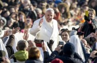 20/01/2016 – Frente a los fieles congregados en el Aula Pablo VI del Vaticano, el Papa Francisco recordó que del 18 al 25…