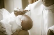 11/01/2016 – Durante el rezo del Ángelus, en la plaza de San Pedro, el Papa Francisco pidió a los fieles que recuerden la…