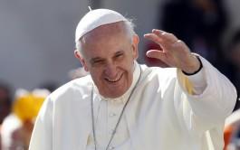 03/02/2016 – El Papa Franciscocompartió la catequesis como cada miércoles en la Plaza San Pedro en donde continuó con…