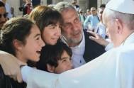 17/06/2016 –Con el discurso del Papa Francisco se abrió la tarde de este 16 de junio en la Catedral de Roma, la Basílica…
