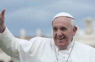 """21/11/2016 – El Papa Francisco cerró ayer la Puerta Santa y con ella el Jubileo Extraordinario de la Misericordia y aclaró que """"permanece…"""