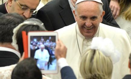 18/01/2017 - Esta mañana durante la Audiencia General, el Papa Francisco en su catequesis habló de la relación entre la esperanza y la oración y puso de ejemplo la historia del profeta…