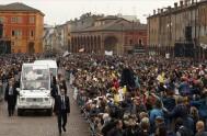 03/04/2017 – La tarde del domingo 2 de abril, el Papa Francisco culminó su visita pastoral a la Diócesis de Carpi en un…