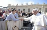 """31/05/2017 – En la Audiencia General de hoy, el Papa Francisco le dio continuidad asu ciclo de catequesis sobre """"la esperanza"""", el Obispo…"""