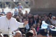 10/05/2017 –En la audiencia general de esta mañana, el Papa Francisco continuó su catequesis sobre la esperanza y explicó que la Virgen María…