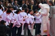 07/09/2017 –El Papa Francisco llegó ayer cerca de las 18,30 a Colombia tras 12 horas de vuelo. Al arribar al aeropuerto deBogotáfue recibido…