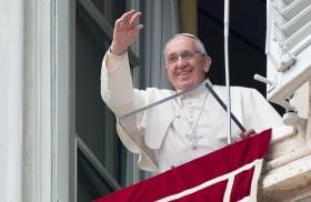 25/09/2017 -El Papa Francisco introdujo el rezo a la Madre de Dios del domingo conuna reflexión sobre el evangelio del fin de semana dela parábola de los obreros de la viña, que…