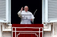 30/10/2017 –Ante 30.000 personas, el Papa Francisco reflexionó sobre elamor a Dios y al prójimo, el tema del Evangelio del día en el…