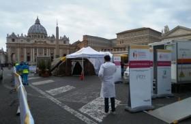 """16/11/2017 - El Papa Francisco habló en varias oportunidades sobre la misión de la Iglesia como un """"hospital de campaña"""" llamada a curar heridas. Con motivo de la 1º Jornada Mundial de…"""