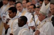29/03/2018 – Compartimos la homilía del Papa Francisco al comenzar el Triduo Pascual de este año, que empieza, precisamente, con la solemne celebración…