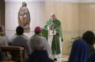 29/05/2018 – El Papa Francisco en la misa matutina celebrada en la casa Santa Marta recordó que en los momentos de la prueba,…