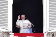 """14/05/2018 – El Papa Francisco en la reflexión, antes de rezar el Regina Coeli, dijo que """"La Ascensión nos exhorta a levantar nuestra…"""