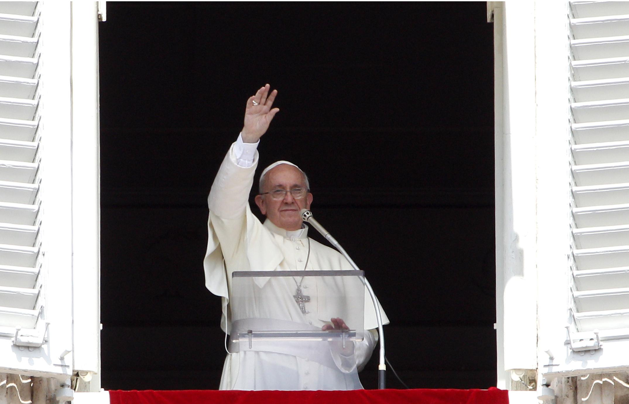 La fiesta de la sant sima trinidad es una fiesta para contemplar y alabar el misterio papa - Finestra del papa ...