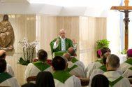 04/08/2018 – En la capilla de la Casa Santa Marta Papa Francisco celebró la Santa Misa y recordó que todos los días se…
