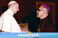 El Papa Francisco canonizó a Pablo VI, Monseñor Óscar Romero y otros nuevos cinco santos, durante una multitudinaria Misa que se celebró…