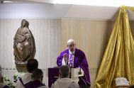 """18/12/2018 – En la capilla de Santa Marta, el Pontífice celebró la Misa y habló de la figura de San José. """"Jesús es…"""