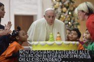 17/12/2018 – El Papa Francisco, quien hoy cumple 82 años, se reunió ayer con los niños del Dispensario Pediátrico Santa Marta de Roma…