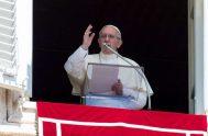 14/01/2019 - A la hora del Ángelus, en la solemnidad del Bautismo del Señor, el Papa Francisco invitó a regenerar en la oración…