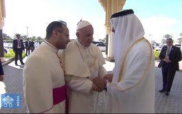 06/02/2019 – El Papa Francisco se despidió de los Emiratos Árabes Unidos. Después de presidir la celebración de la Santa…